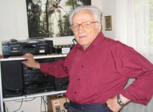 3ZZZ Esperanto Radio presenter Svetislav Kanacki